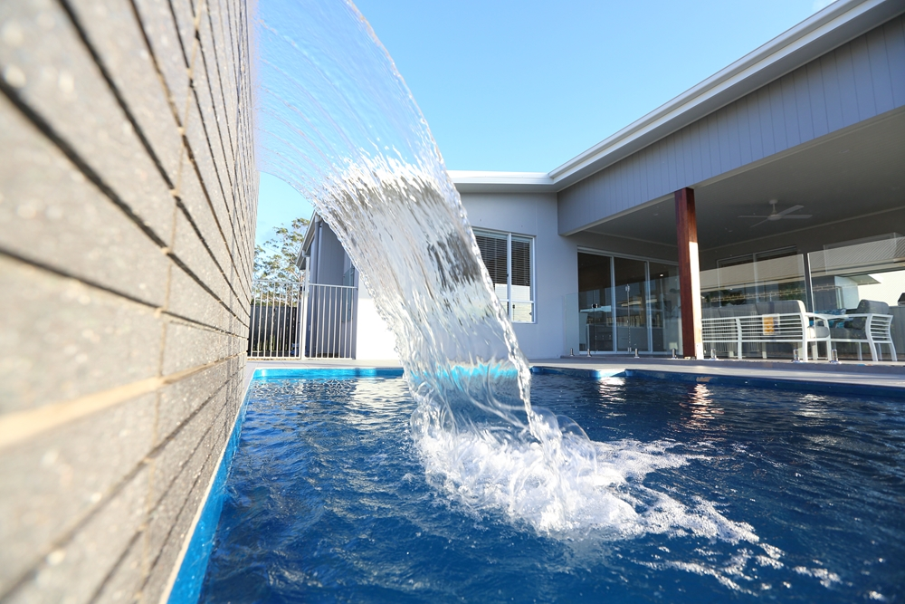 Consider these trendy pool ideas that will set it apart.